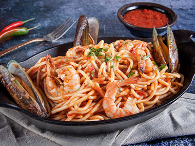 Spaghetti Pasta Wtih Shrimps And Shell
