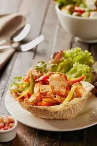 Murg Tikka Salad
