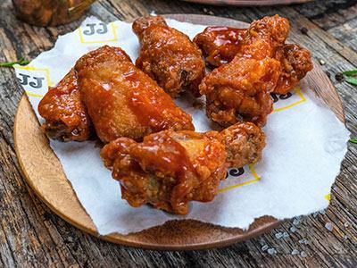 Coated Louisiana Chicken Wings