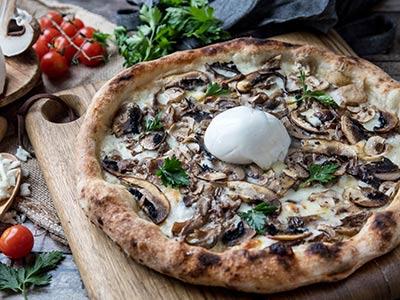 Porcini Mushroom, Burrata & Truffle Oil Pizza