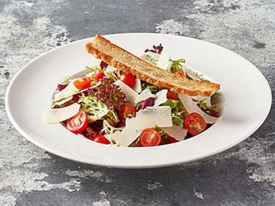 Seasonal Mixed Salad With Parmesan Cheese
