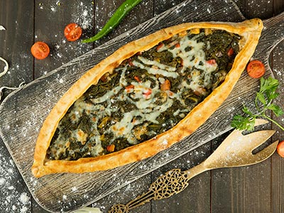 Spinach Pide- 16.5 Inch