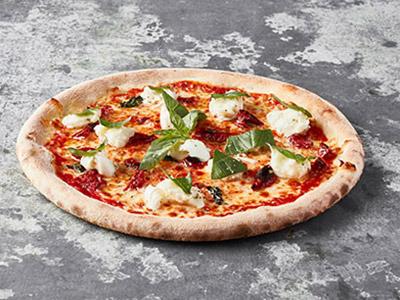 Buffalo Cheese With Sundried Tomato Pizza