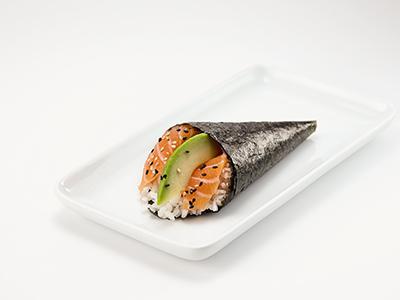Salmon & Avocado Temaki