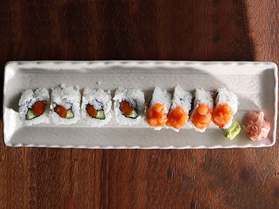 Spicy Salmon - 4 Pieces