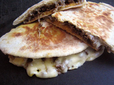 Arayes Meat With Cheese