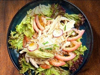 Chicken Goma Salad