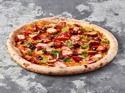 Spicy Red Chicken Pizza