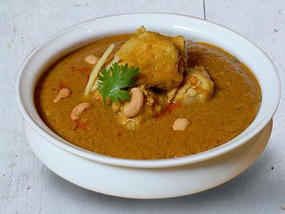 Kaju Tadka Chicken