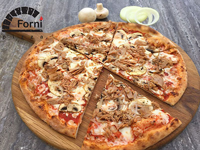Large Tonno Pizza