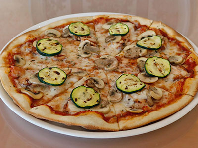 Pollo Al Funghi Pizza