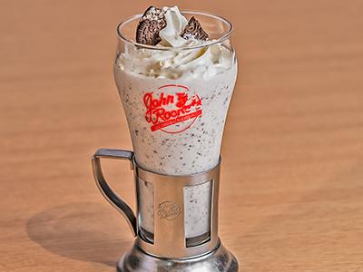 Oreo Cookies & Cream Shake