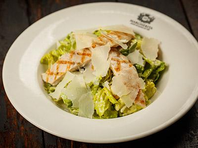 Insalata Caesar Con Pollo Salad